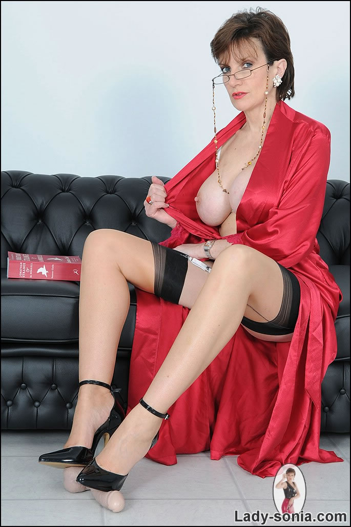busty blouse Red satin