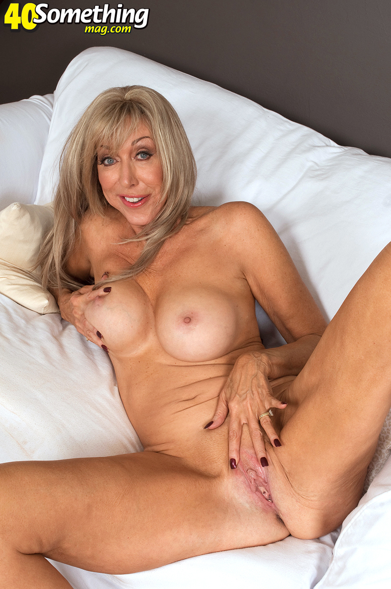 ashley gold nude from hardcore pawn