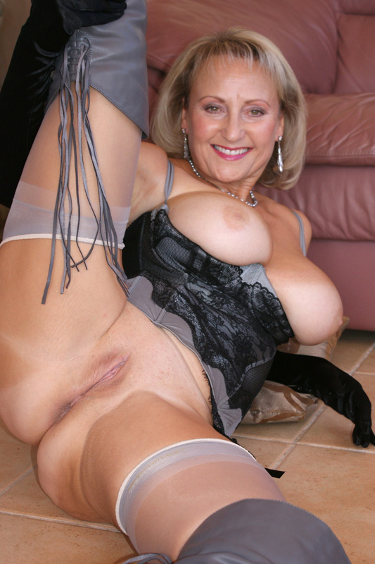 Magnificent idea Big milf nude with shoes for that