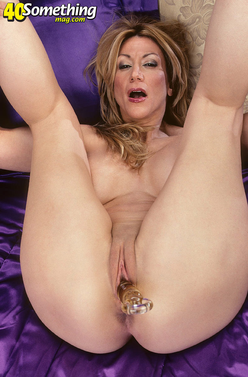 Muchas mature adult entertainment pussy girl.bet