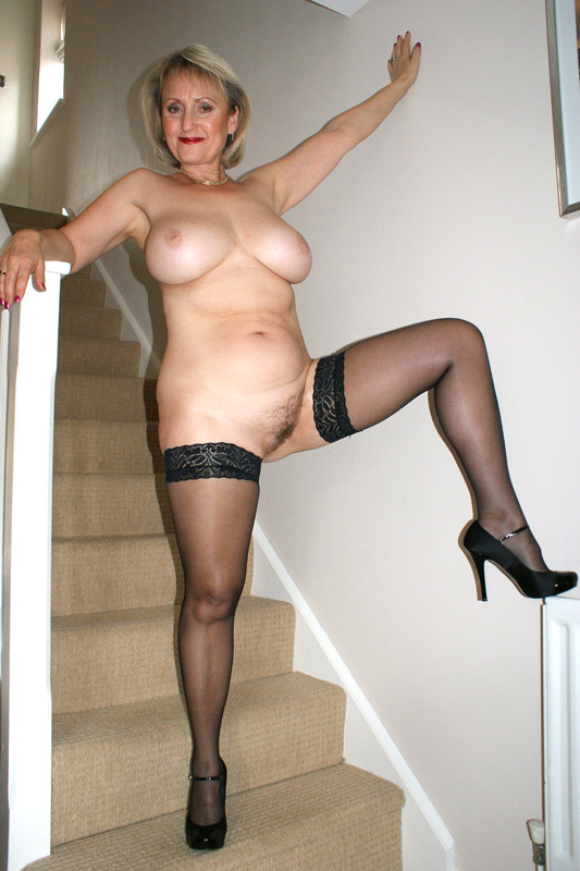 Nylons and heels pics