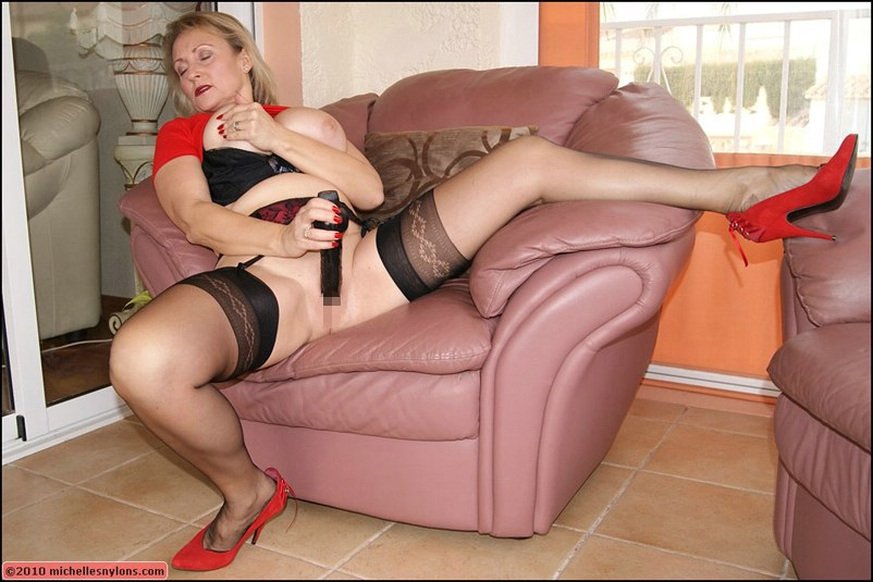 Granny high heels stockings spread