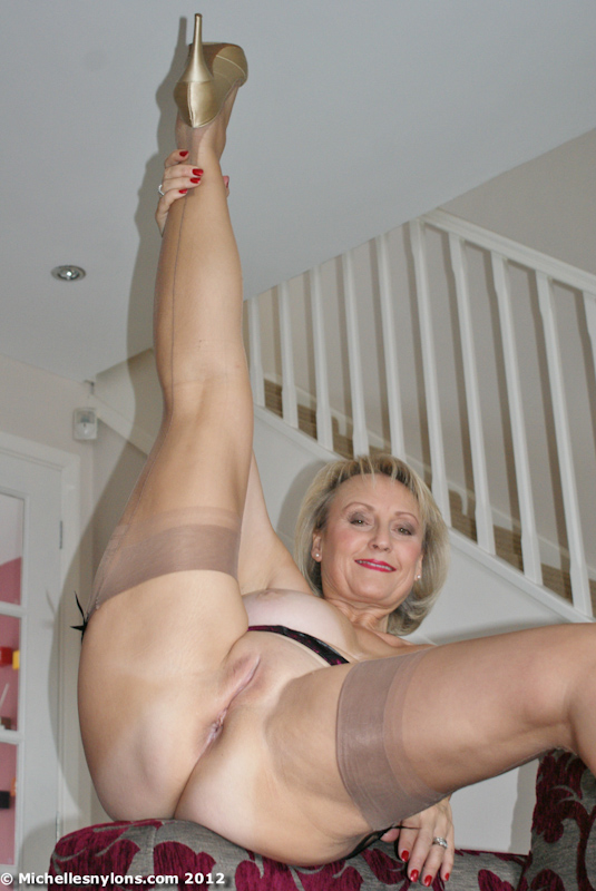 Mature michelle nylon stockings