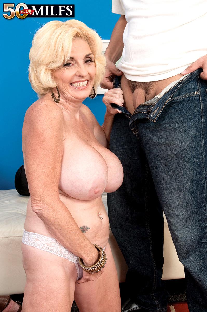 Oma beim gruppensex
