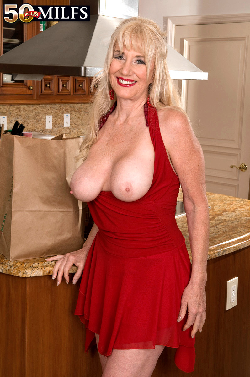 Big boobs blonde granny franny fucked by big dick oliver 8