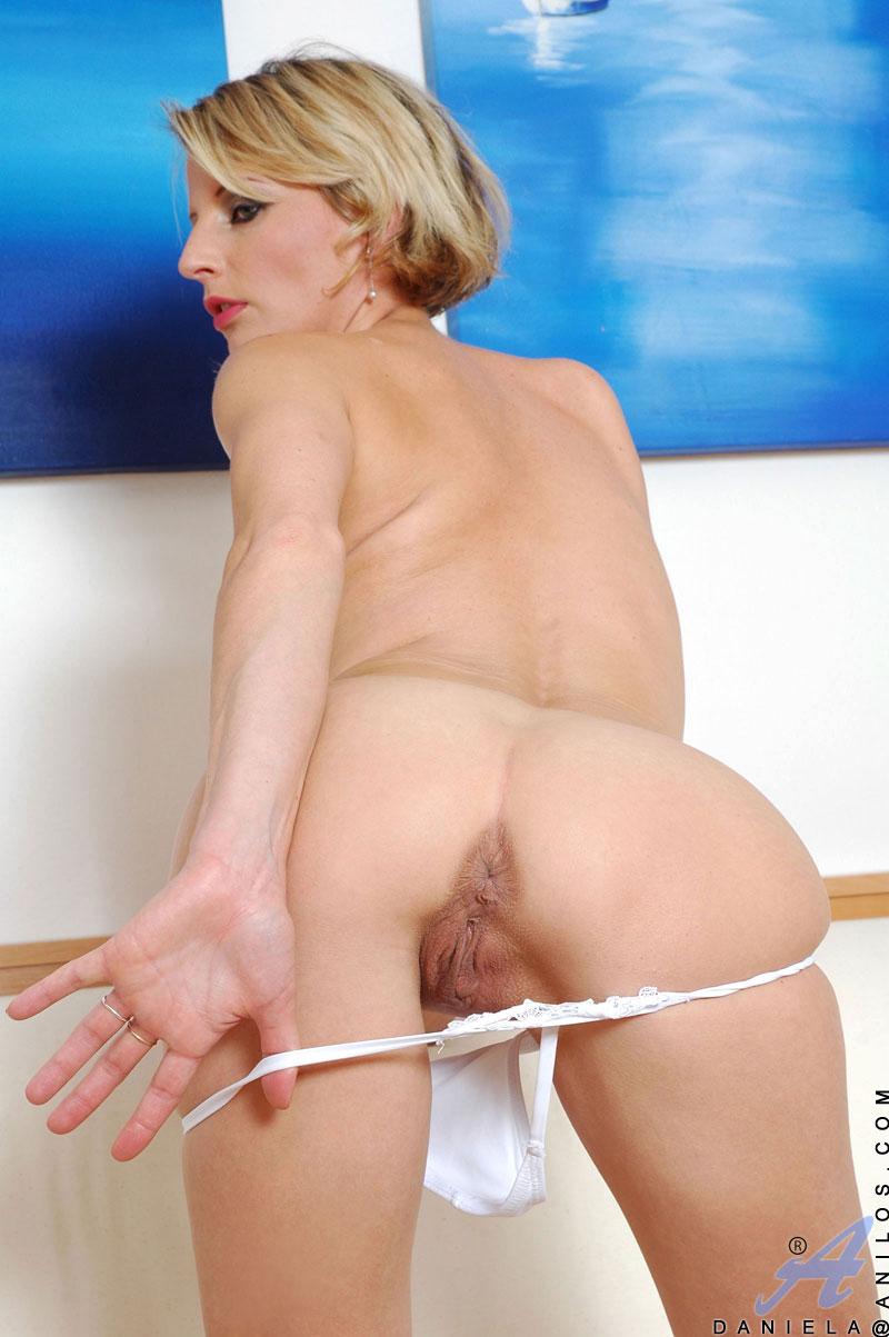 hot cougers boob porn