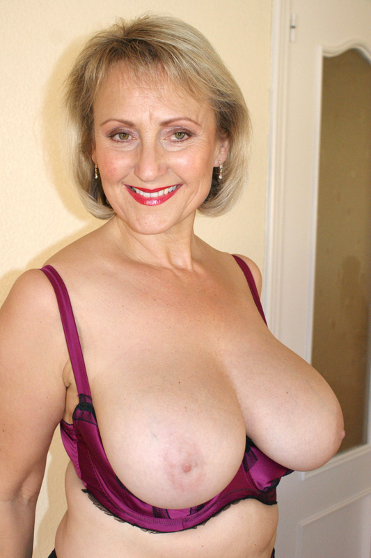 Slutty older woman