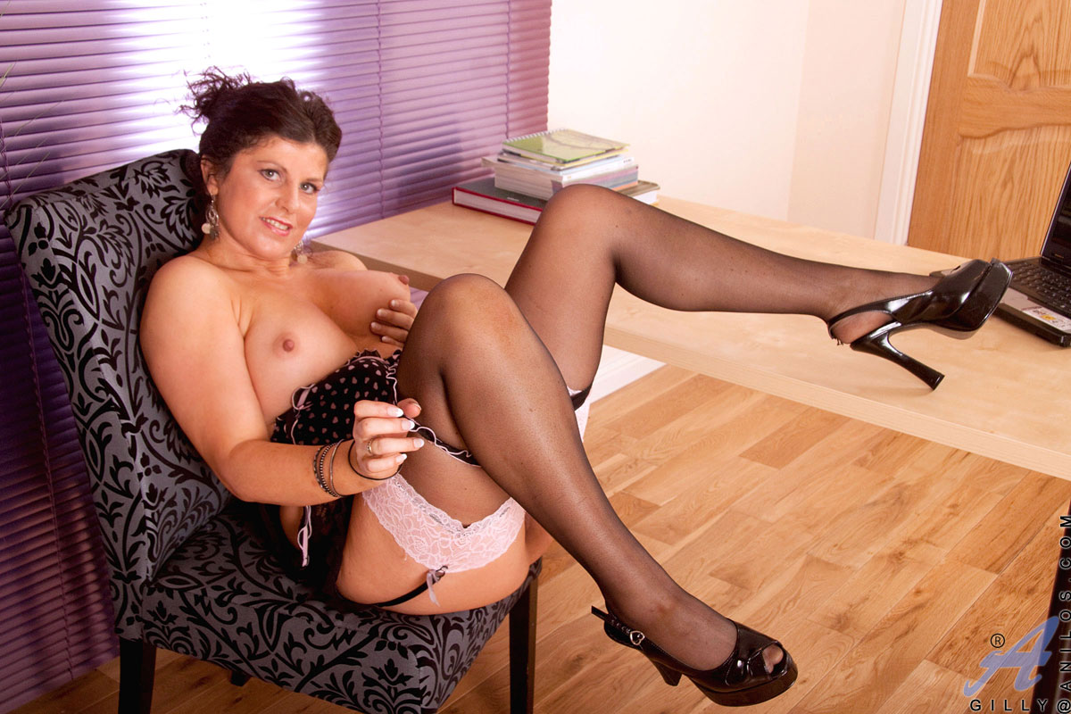 Horny Mature In Stockings