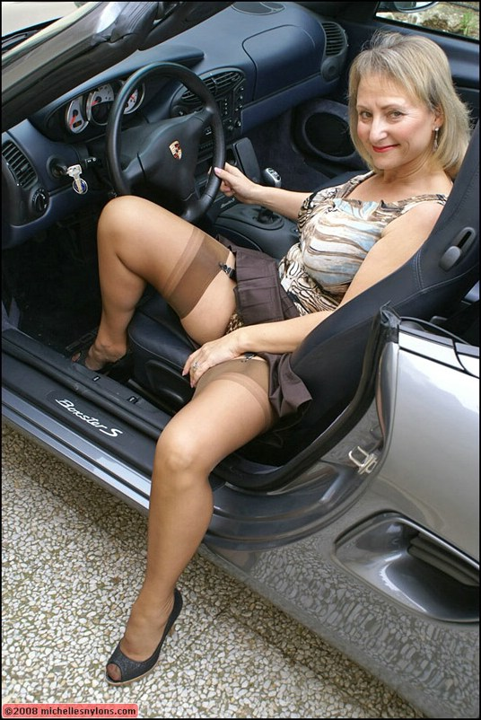 Mature stocking car