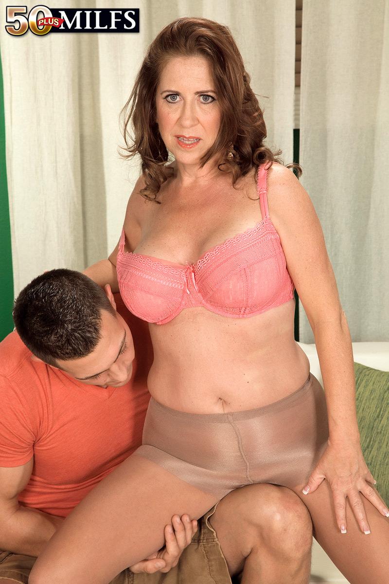 Hose mature pantie picture