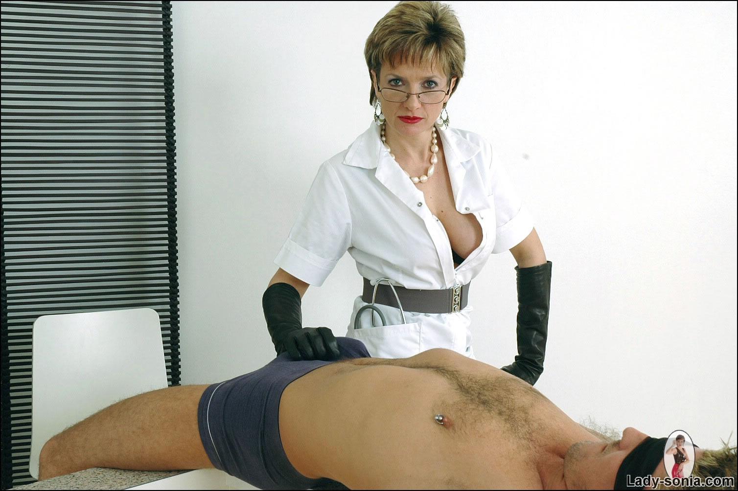 Dominant babe loves punishing her sub bf 1