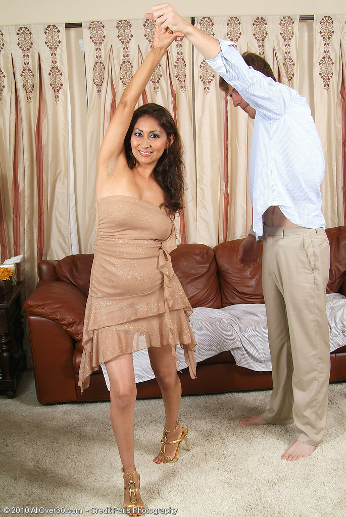 dancing and fucking with milf mature xxx pics
