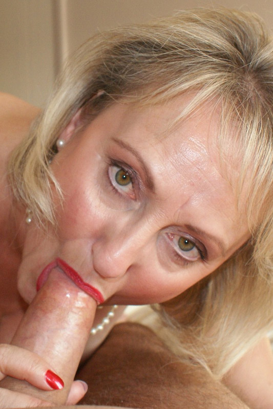 Big Tit Blonde Mature