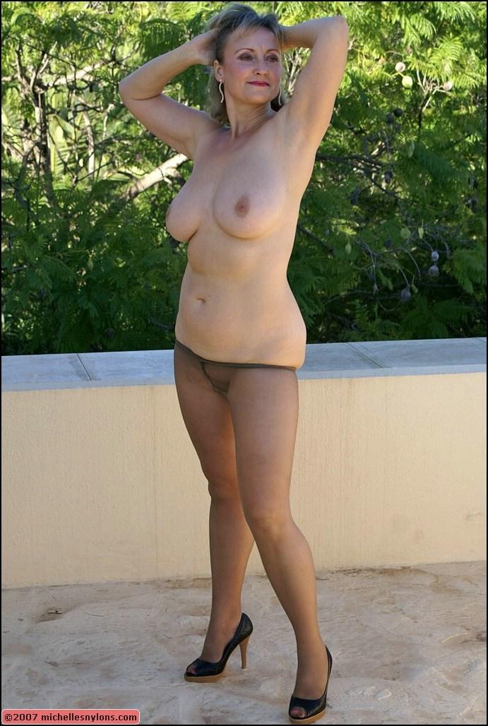 joanna krupa nude pussy