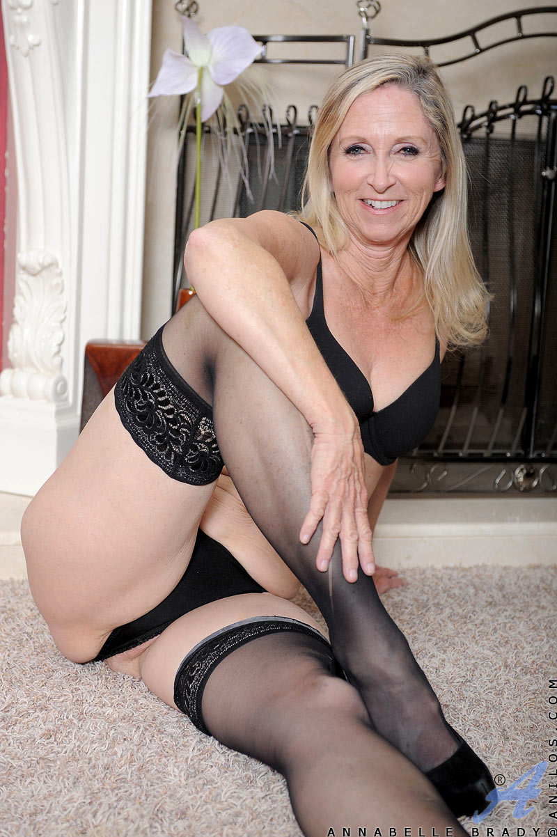 Annabelle brady mature granny in stockings