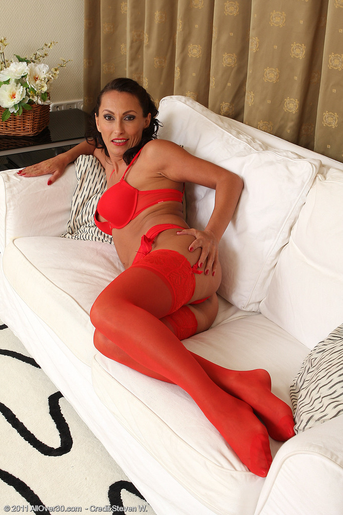 Brunette mature in black stockings wants dick