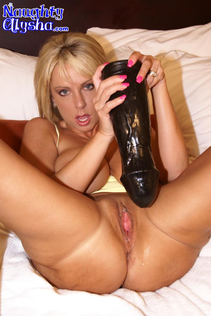 Milf hot dildo blonde
