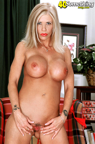 Boob busty leslie porn star style