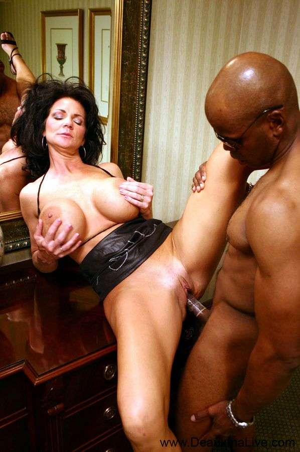 Entertaining ebony cougar women porn have