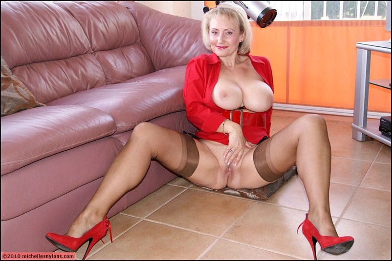 Apologise, Mature blonde stockings high heels