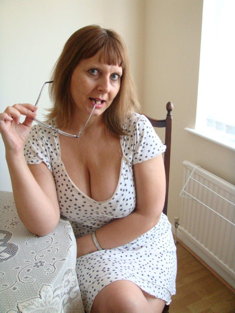 Mature women playing with tits